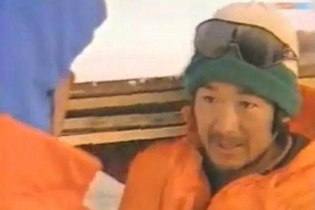 低调 张国立曾冒死救南极科考船立二等功