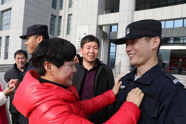 安徽淮北:新警家属警营体验