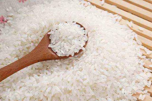 合肥疫情防控出妙招:居民少出门 奖励大米送到家