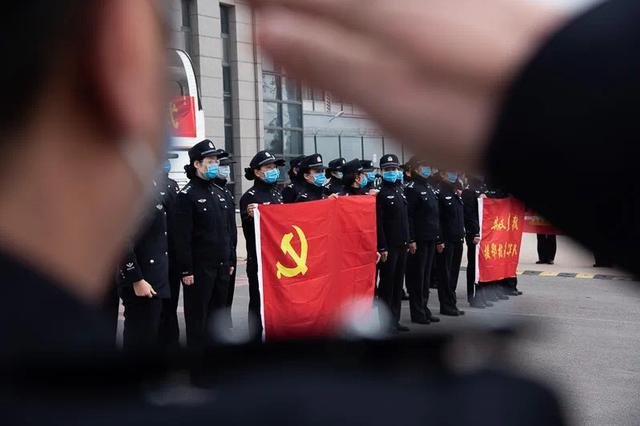 安徽支援湖北警花战队凯旋