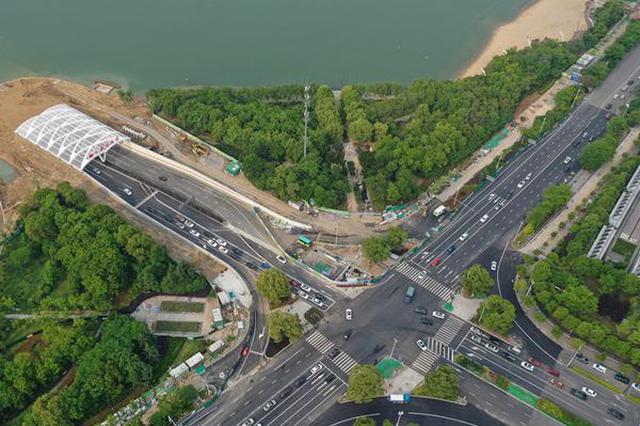 合肥天鹅湖隧道正式开通