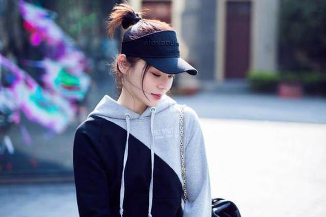 袁姗姗就以错误方式拿取文物道歉:今后会谨言慎行