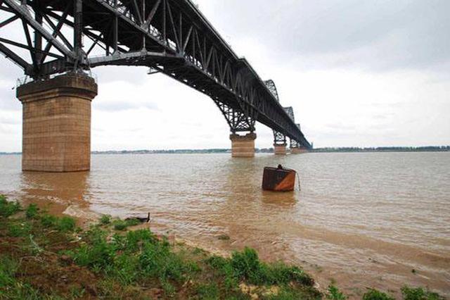 安徽省长江干流持续上涨 沿江河湖将维持高水位