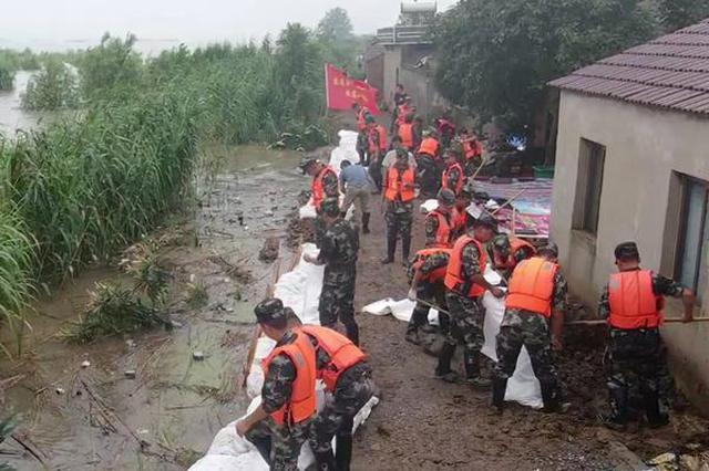 汛情严峻 武警专业救援部队紧急驰援芜湖