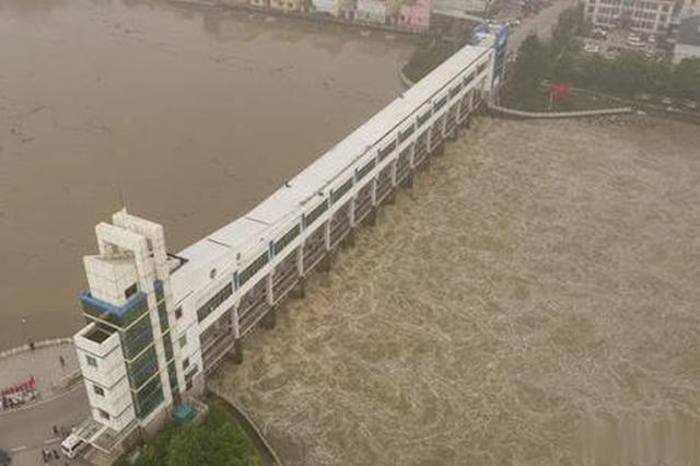 王家坝水位降了 低于警戒水位0.4米