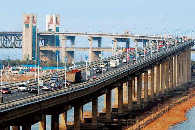 """交通:当好城市发展""""先行官"""""""
