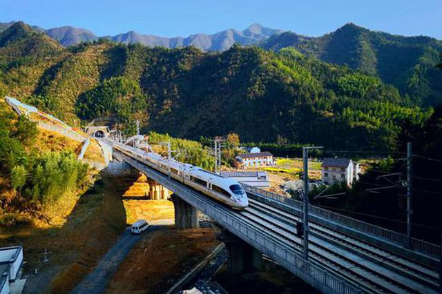 长三角铁路前11月客发量破4.3亿人次