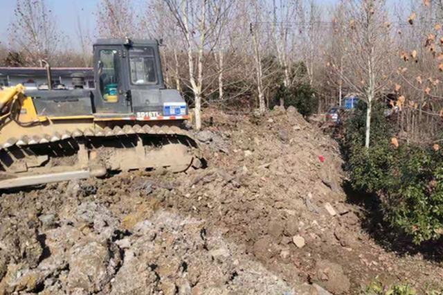 渣土车随意倾倒建筑垃圾 合肥开出史上最高额罚单