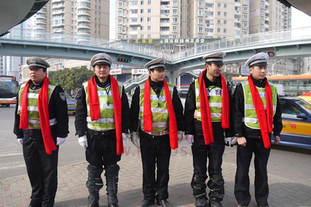 """一路""""绿波""""通行!芜湖城区紧急使用"""