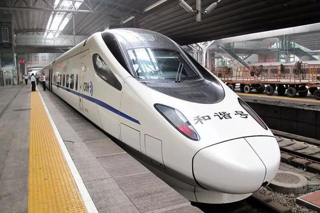 安庆全面开展高铁沿线环境整治