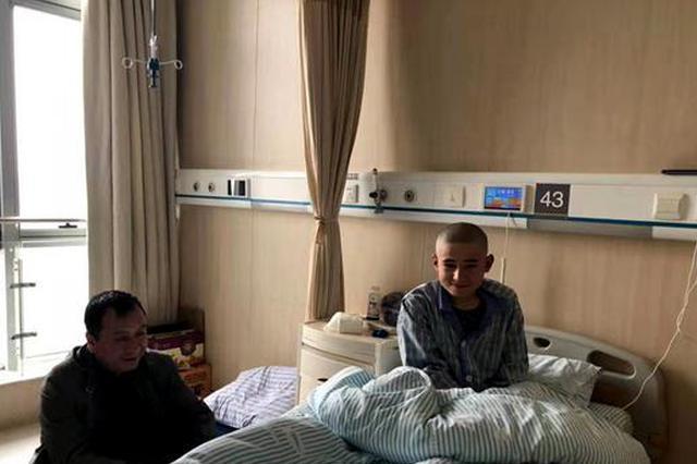 安徽援疆显真情 多方联手救治患病少年