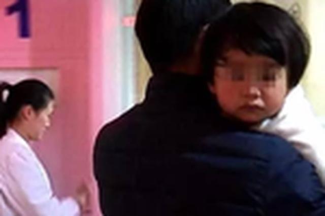 合肥男子与妻子吵架后 将1岁儿子丢在路边自己回家