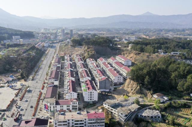 岳西县重点中心多举措推进安置区建设