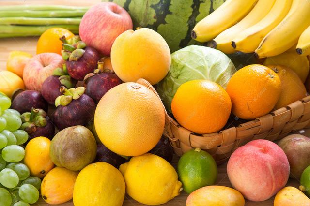 """应季水果价格走低 今夏水果不再是""""甜蜜的负担"""""""