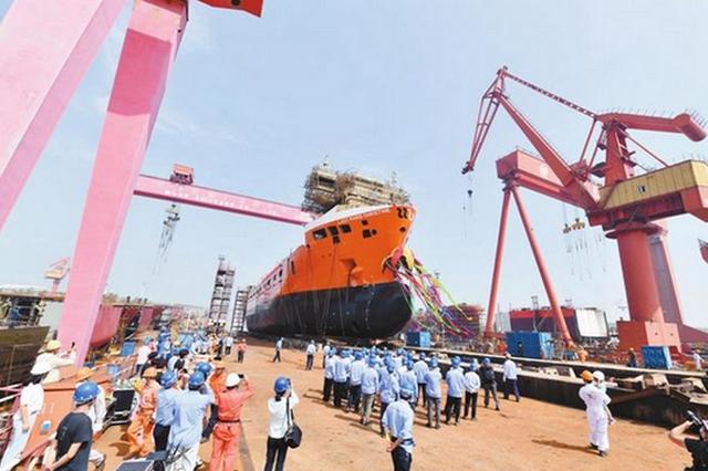 安徽首艘5800吨级多用途船下水