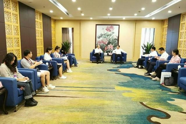 亳州:市长邓真晓会见药博会嘉宾客商代表