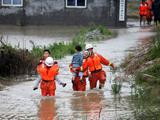 安徽萧县 70余人被洪水围困