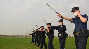 铜陵公安组织开展春训实战大练兵