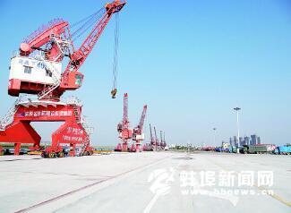 蚌埠港国际集装箱码头
