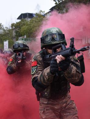 安徽武警:反恐特训砺精兵