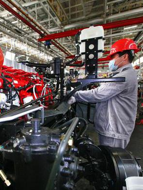 忙碌 安徽各地企业的机器声响起来啦