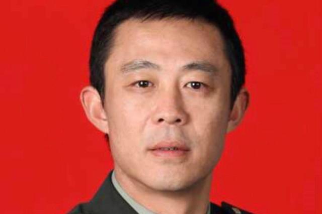 侯勇微博宣布结束军旅生涯 从军27年正式转业