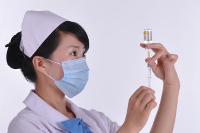 护士从死神手中抢回路人性命 判断其心搏骤停