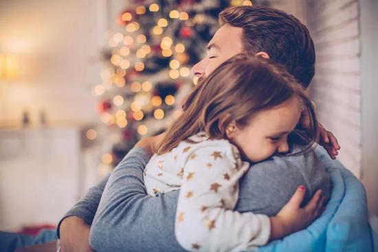 人际沟通:怎样让孩子与爸爸更亲近