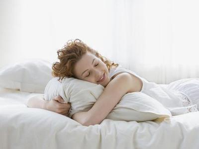 睡觉习惯揭秘生活态度