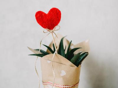 <b>爱情测试:你会将爱情拒于千里吗(图</b>