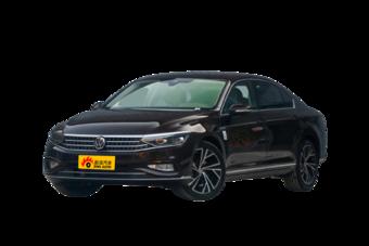 C位出道,走心推荐,丰田凯美瑞全国新车17.39万起