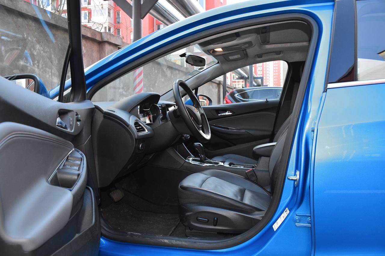 买车先看它:车主眼中的科鲁兹和领动