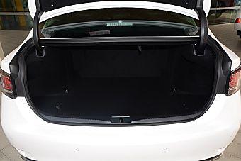 新款雷克萨斯GS对比新款Q70 到底该选谁?