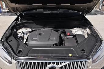 新款沃尔沃XC90对比新款Levante 哪款动力更强劲?