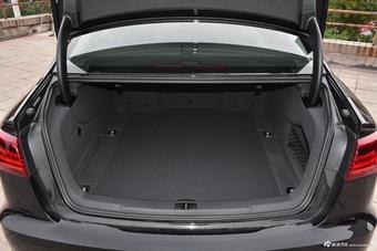 车型对对碰:2018款奥迪A6L VS 2017款奔驰E级之外部配置