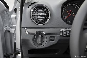 车型对对碰:2017款捷达 VS 2017款全新爱丽舍之内饰配置
