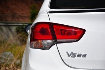 新款长城C30对比新款V5菱致 到底该选谁?