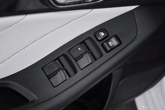 新款长城C30对比新款V5菱致 哪款更舒适?