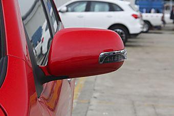新款V3菱悦对比新款众泰Z300 到底该选谁?
