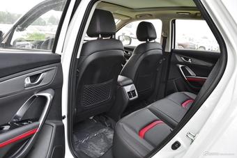 2018款哈弗H6对比2017款长安CS55 哪款更舒适?