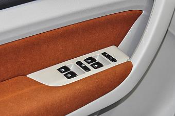 哪款配置更丰富 新款长安欧尚 PK 新款幻速H3F