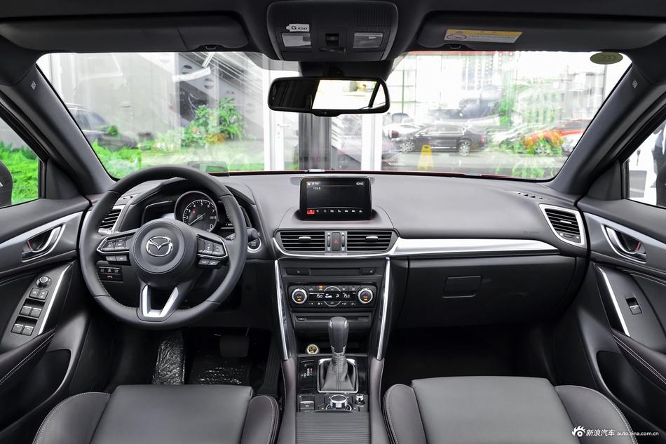 2018款马自达CX-4 2.5L自动四驱蓝天无畏版