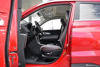 车型对对碰:2018款开瑞K60 VS 2017款幻速S5之内饰配置
