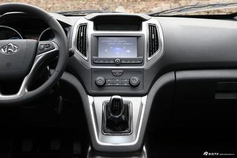 2017款金杯新快运对比2017款睿行S50 哪款更舒适?