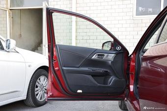 车型对对碰:新款西玛 VS 新款雅阁新能源之内饰配置