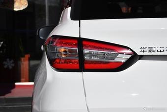 车型对对碰:2017款瑞虎5 VS 2018款中华V6之外部配置