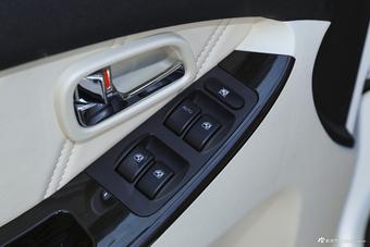 新款幻速H3F对比新款斯派卡 哪款更舒适?