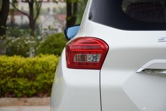 车型对对碰:新款景逸X3 VS 新款北汽绅宝X35之外部配置