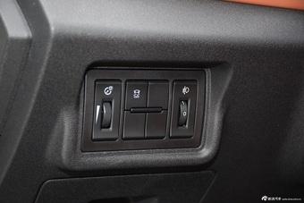 车型对对碰:新款景逸XV VS 新款北汽绅宝X35之内饰配置