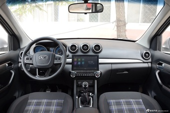 车型对对碰:新款启腾V60 VS 新款凯翼V3之内饰配置